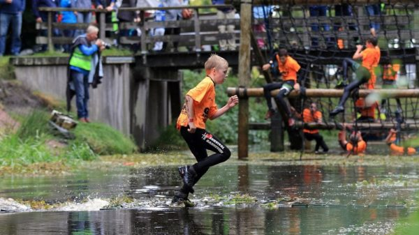 giant-survivalrun-bakkeveen-2017